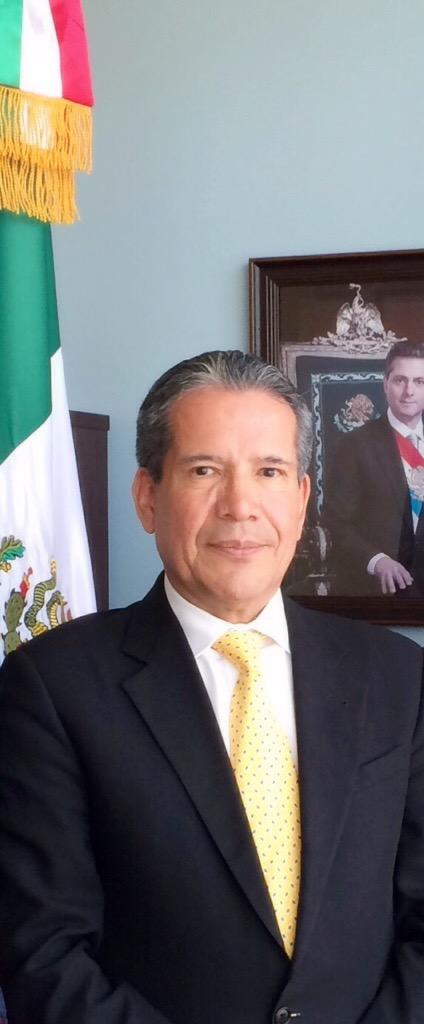 Bilingual report: Ambassador Roberto Rodriguez-Hernandez
