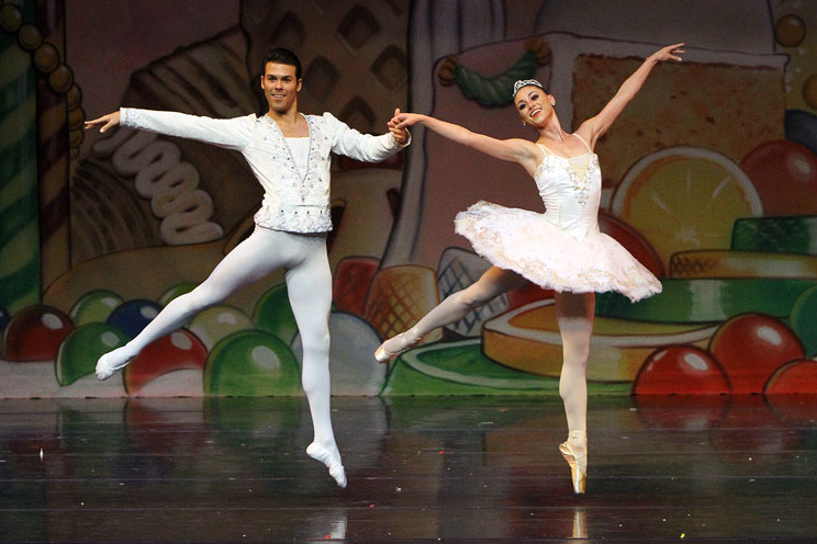 "Dec. 8-10 — Local Rising Star Featured in Ventura County Ballet's Beloved Holiday Performance, ""The Nutcracker"""
