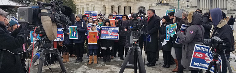 Dreamers, Arizona Rep. Grijalva, Jewish and Latino Faith and Community Leaders Urge Congress not to Delay DREAM Act