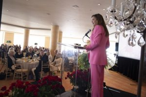 Kathy Ireland, Women United Join to Advance Youth Literacy